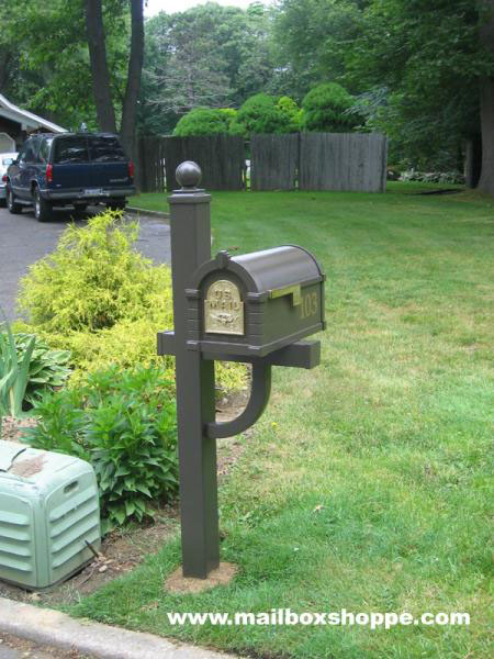 Keystone Mailbox And Deluxe Post
