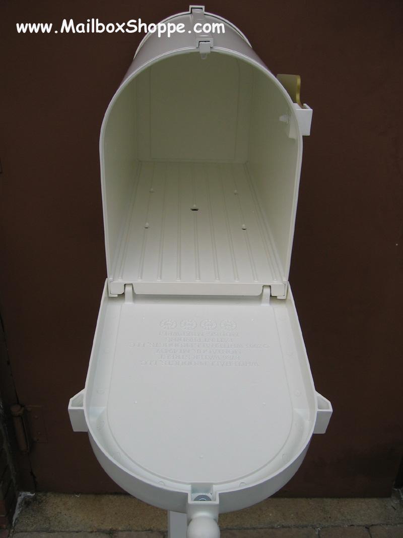 open mailbox. you open mailbox