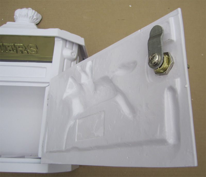 Mailbox Shoppe Cast Victorian Locking Mailbox