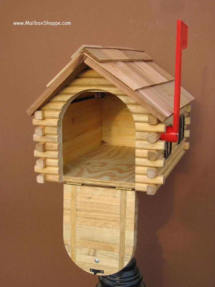Cedar Wood Log Cabin Mailbox